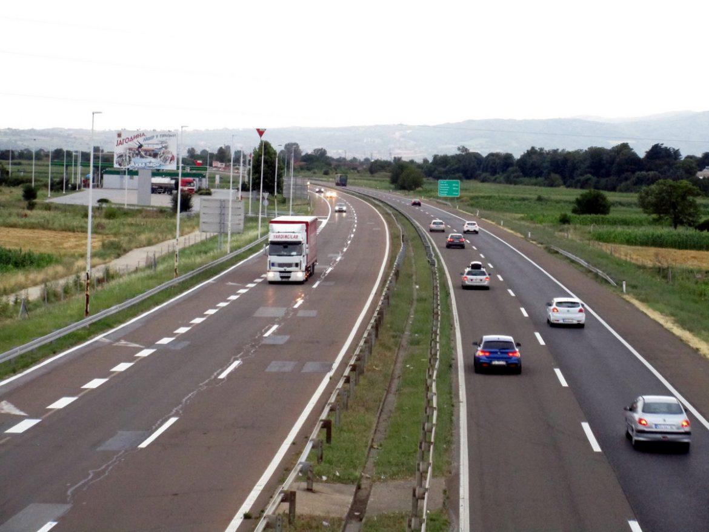 Putevi u zemlji prohodni, zbog kiše oprez u vožnji