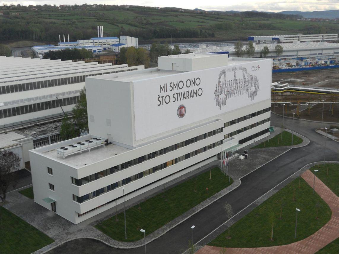 Počeo generalni štrajk zaposlenih u fabrici Fijat plastik