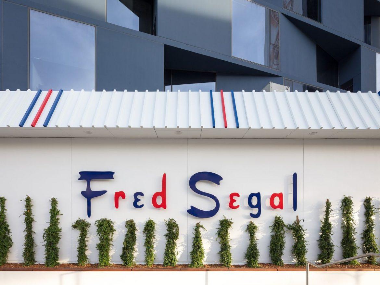 Preminuo modni dizajner Fred Segal