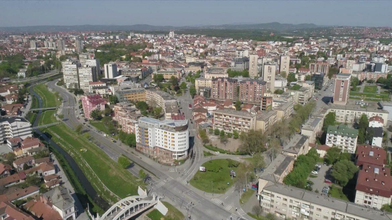 "U Kragujevcu održan ""krsni hod za porodične, duhovne i moralne vrednosti"""