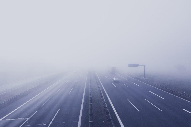 Pažnja na putu zbog magle i leda