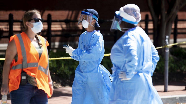 U svetu od korona virusa umrlo više od 2,4 miliona ljudi, zaraženo više od 11 miliona