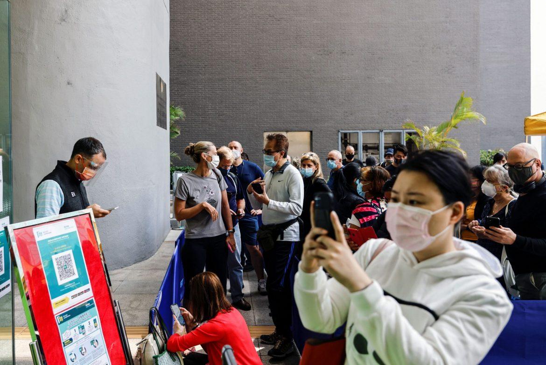 U Hong Kongu prekinuto korišćenje Fajzerove vakcine zbog greške u pakovanju