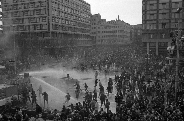 Tri decenije od prvih masovnih demonstracija protiv režima Slobodana Miloševića