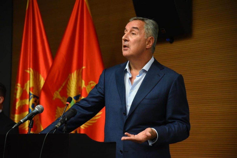 Đukanović: Zabraniti ulazak u Crnu Goru bez negativnog PCR testa