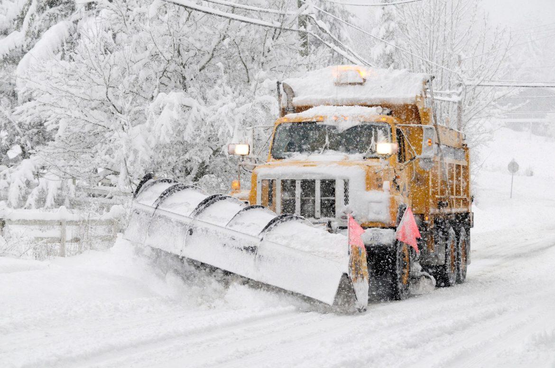 AMSS: Sneg i kiša usporaju saobraćaj