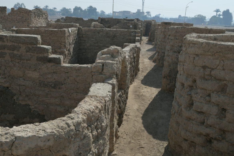 """U Egiptu otkriven """"izgubljeni zlatni grad"""" star 3.000 godina"""