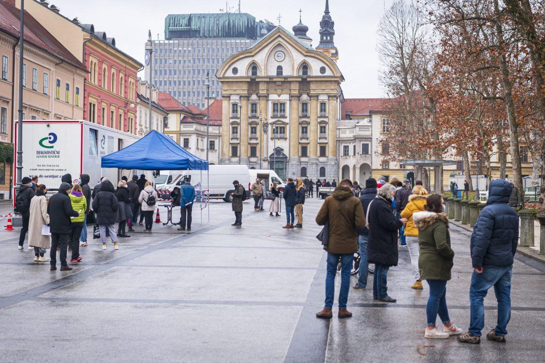 Slovenija: Preko 1.000 novozaraženih osoba, četiri preminule