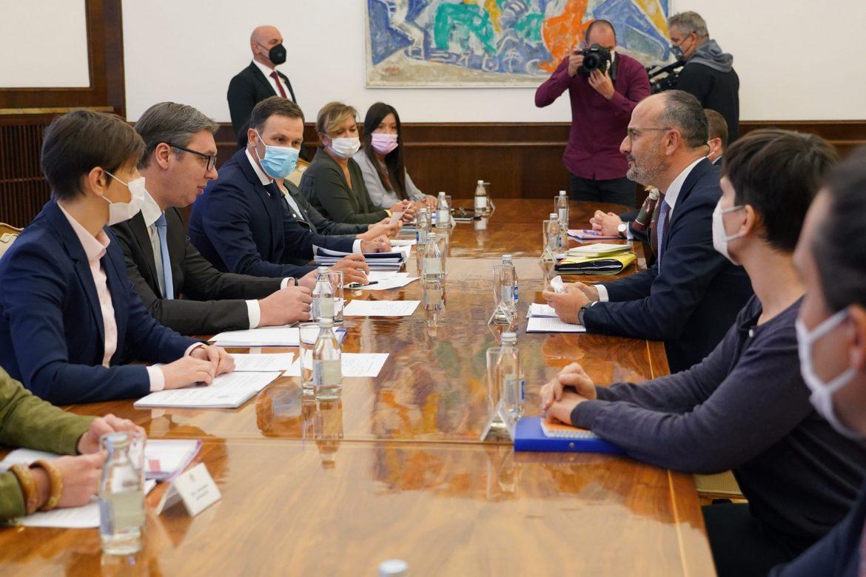 Vučić i Fabrici: Potrebno preduzeti korake za borbu protiv korupcije u Srbiji