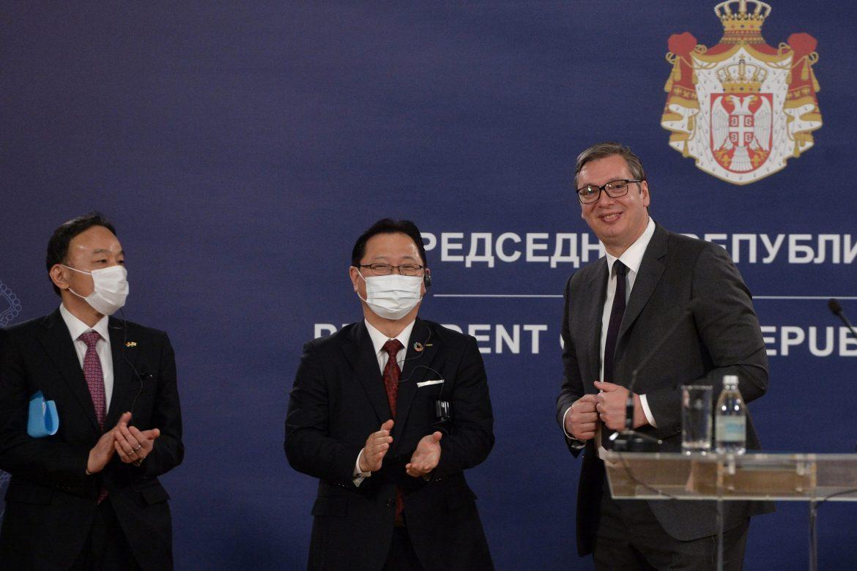 CRTA: Vučić se 29 puta obraćao uživo u martu