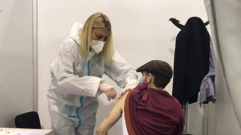 U Srbiji dato preko 2,6 miliona doza vakcina