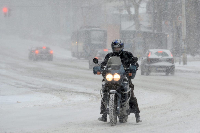 AMSS: Teži uslovi za vožnju, kiša i susnežica