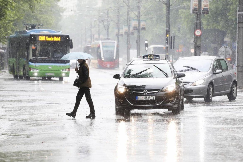 AMSS: Oprez zbog nepovoljnih uslova za vožnju