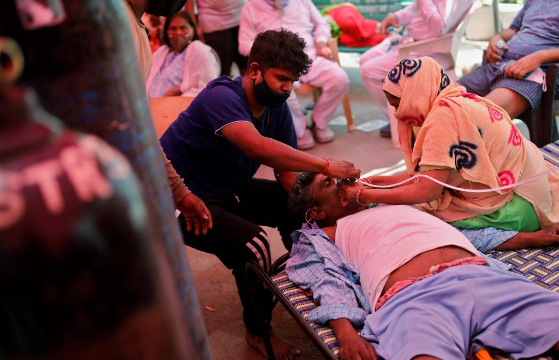 Prvi put posle nekoliko nedelja, u Indiji manje od 300 hiljada novozaraženih