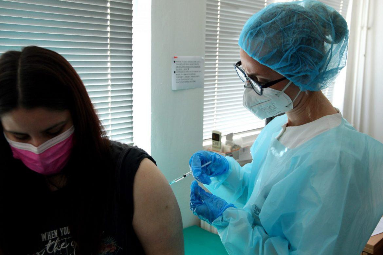 U Srbiji obe doze vakcine primilo više od 1,68 miliona ljudi