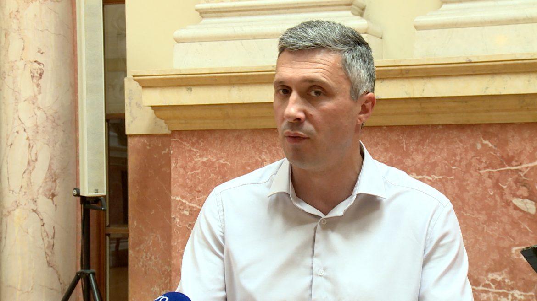 Obradović: Nemoguće pobediti vlast bez sinhronizovanog nastupa opozicije