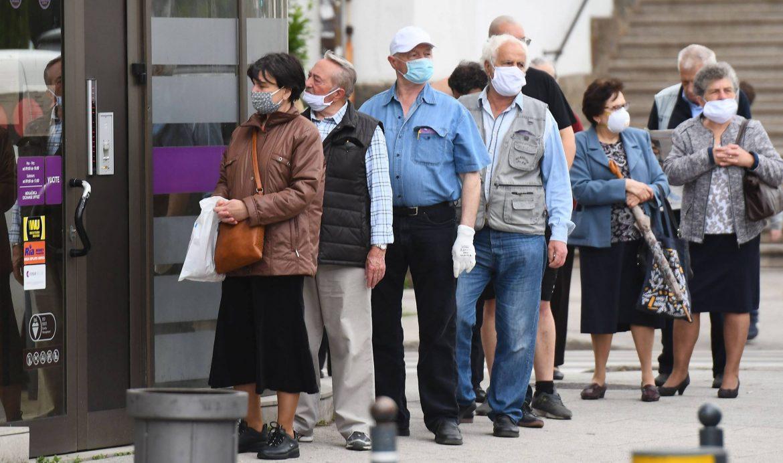 U Srbiji još 332 novozaražene osobe, nema preminulih
