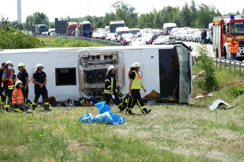 Prevrnuo se autobus u Nemačkoj, među 19 povređenih i putnici iz Srbije