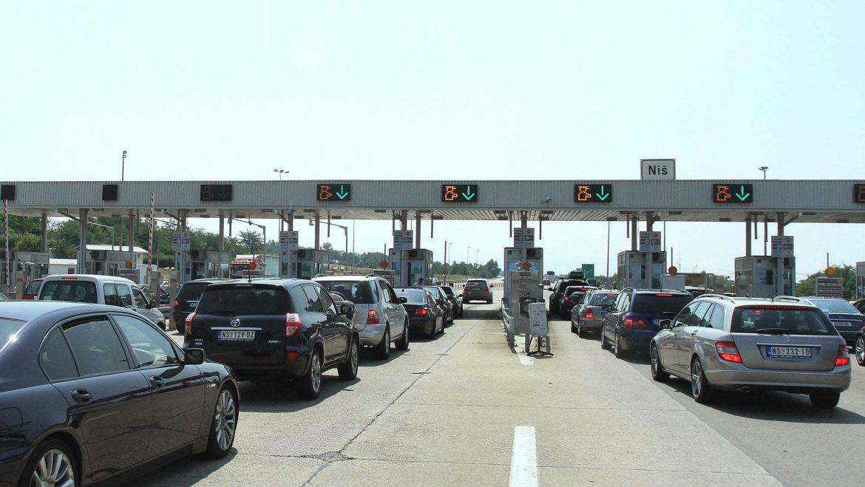 AMSS: Očekuje se pojačan saobraćaj tokom dana