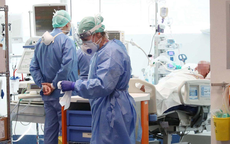 U Srbiji 303 novozaražene osobe, 4 preminule