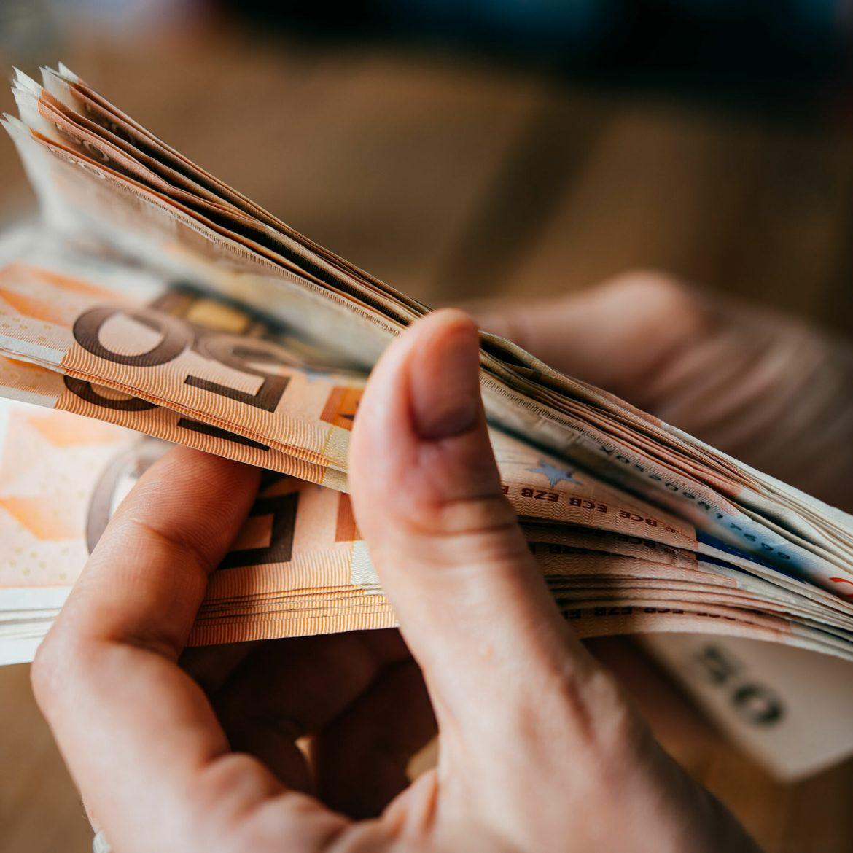Udrženje banaka Srbije: Banke neće tražiti povrećaj novca od klijenata koji su dobili sporove