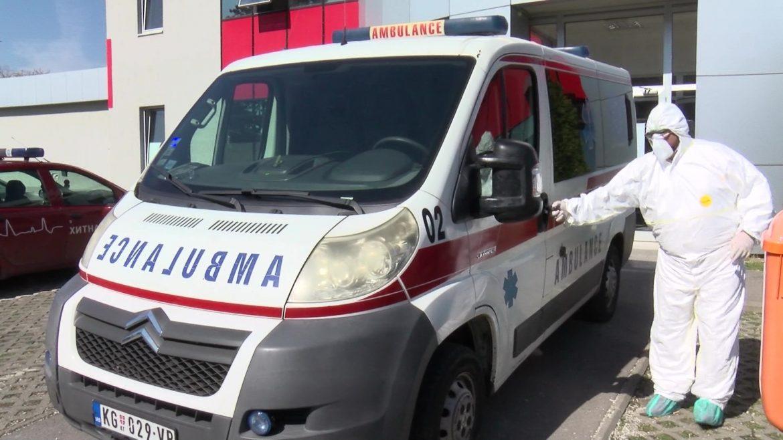 U Kragujevcu napadnuta ekipa Hitne pomoći, pacijent pretio mačetom