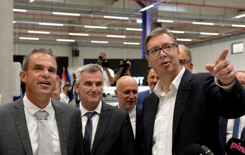 Otvorena fabrika Ridžent u Svijalncu, Vučić najavio obilaznicu i dva mosta