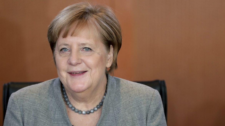 Nemci u nedelju biraju naslednika Angele Merkel