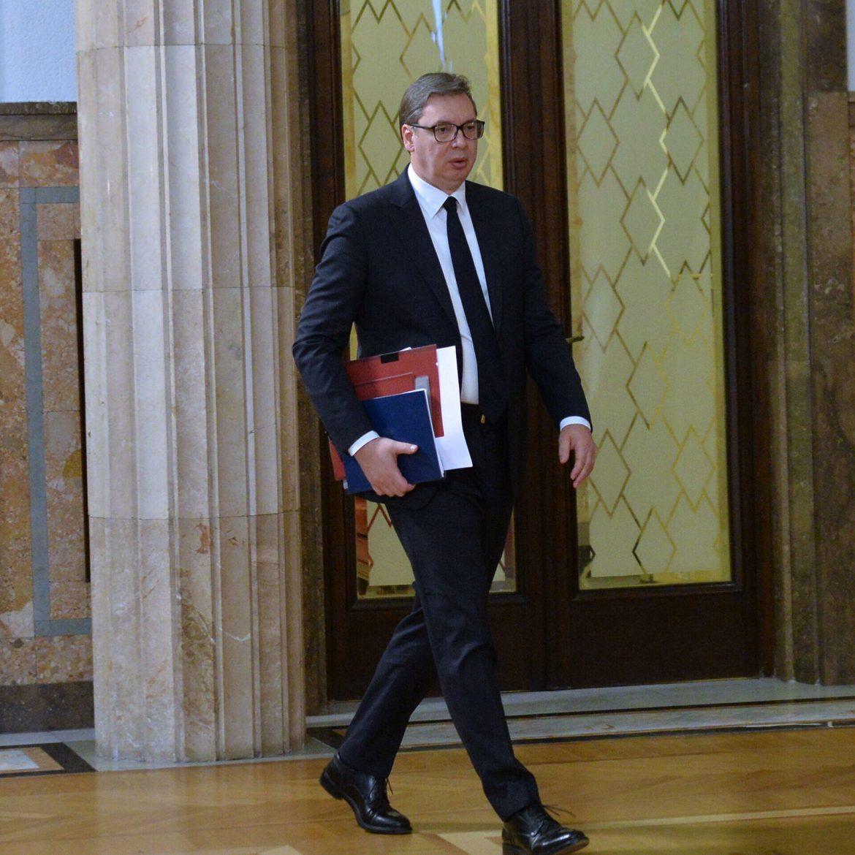 Aleksandar Vučić se uputio u Rašku na hitan sastanak sa Srbima sa KIM