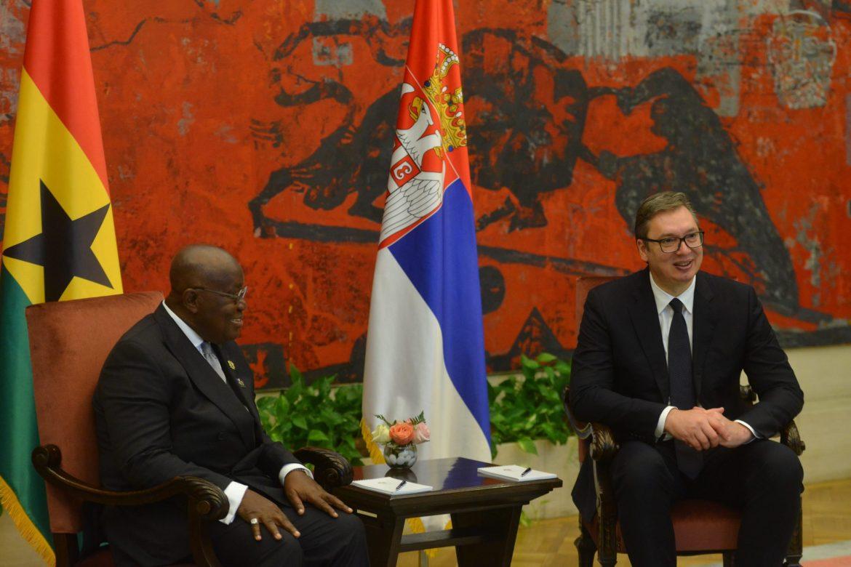 Vučić uručio orden predsedniku Gane
