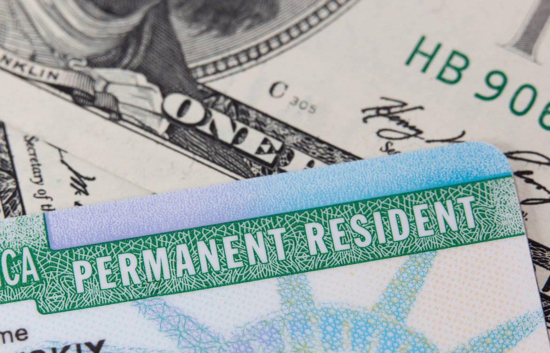 """SAD: Hiljade dobitnika zelene karte na lutriji """"zaglavljeno"""" u sistemu"""