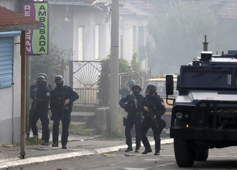 Mirno ali napeto na severu Kosova i Metohije, ranjeni Sofronijević van životne opasnosti